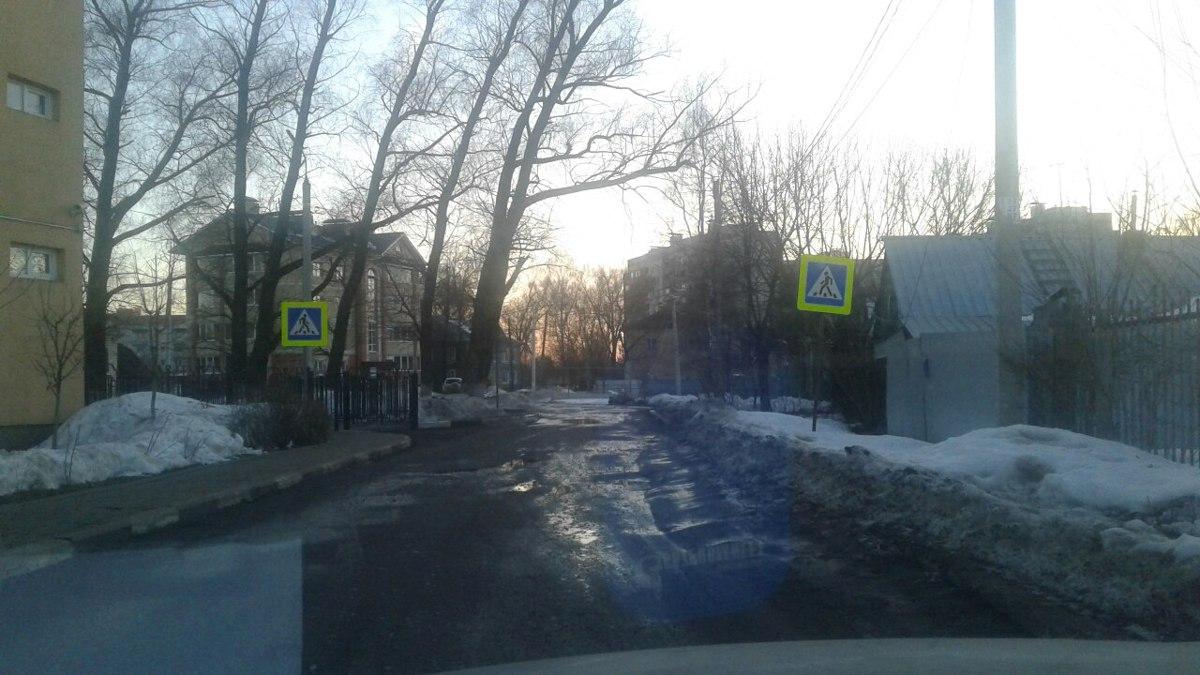 На самом бесполезном пешеходном переходе в Ярославле нанесут сложную разметку