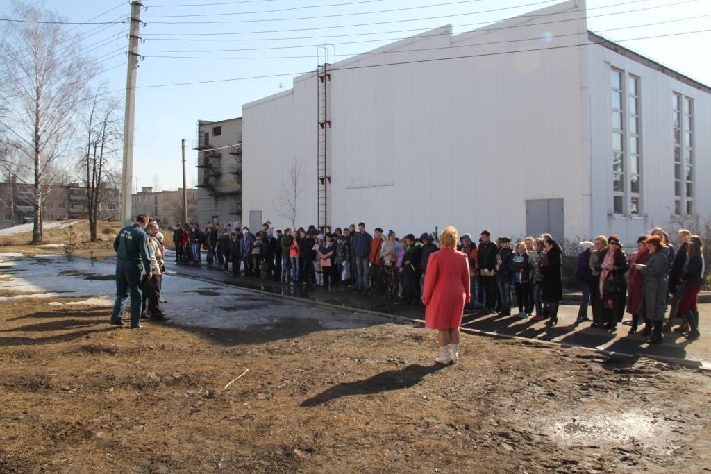 В Ярославской области проходят масштабные учения по отработке действий при паводке и пожарах