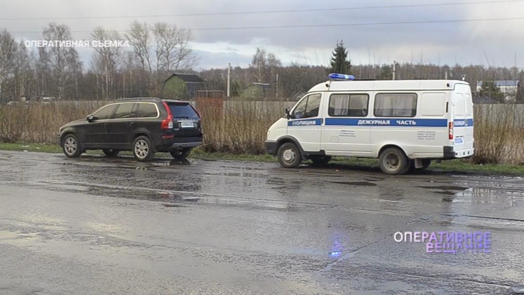 В Ярославле в автомобиле нашли женщину с простреленной головой