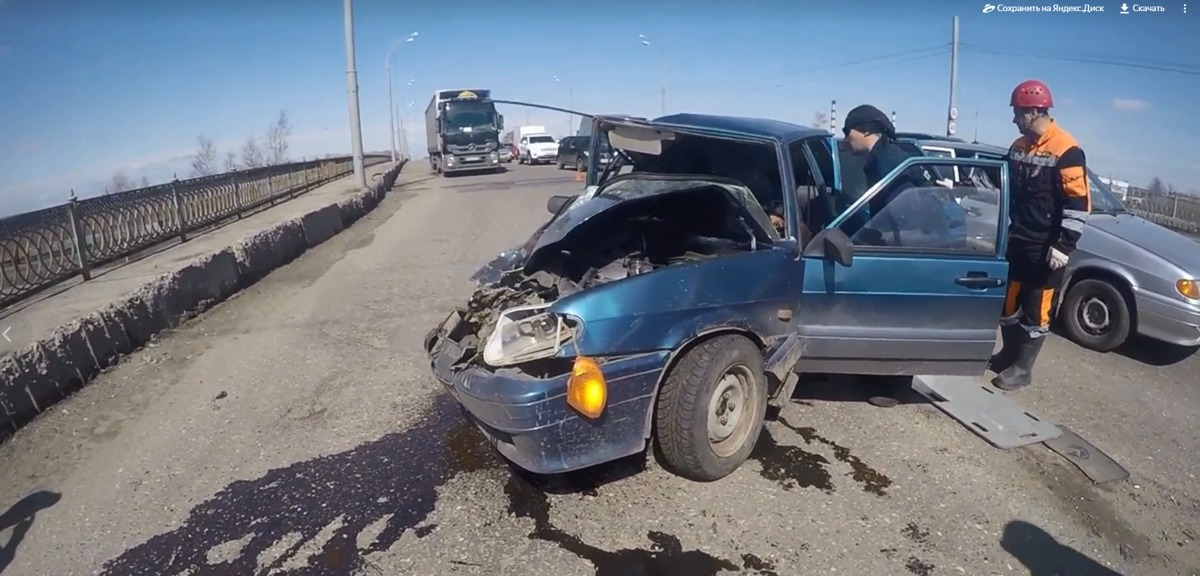 В Ярославле в ДТП с автобусом на Добрынинском мосту пострадали люди