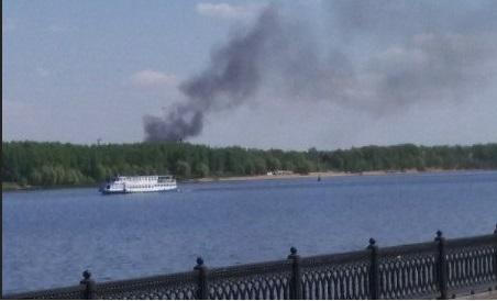 Черный дым поднимался над Заволжским районом Ярославля: что горело