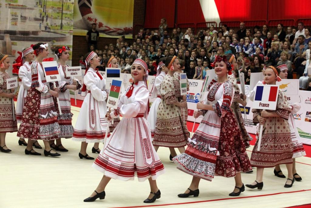 На открытие международного турнира в Ярославль приехала двукратная олимпийская чемпионка