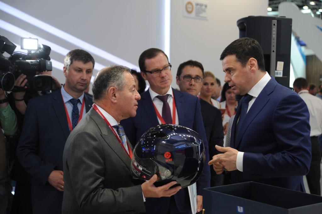 Дмитрий Миронов: «В первый день питерского форума мы подписали 19 соглашений на сумму порядка 20 миллиардов рублей»