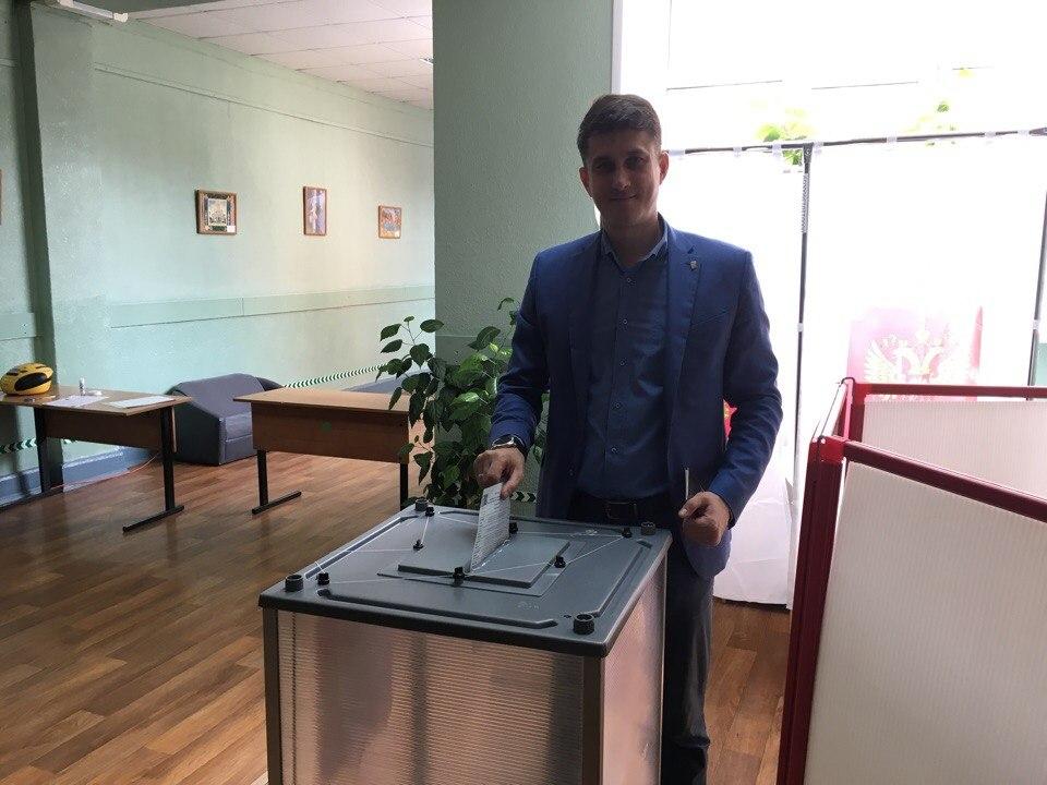 Артур Ефремов: предварительное голосование дает кандидатам возможность выяснить позицию жителей по ключевым вопросам