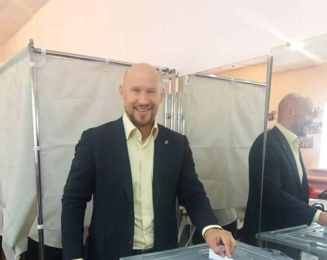Бывший капитан «Локомотива» принял участие в предварительном голосовании