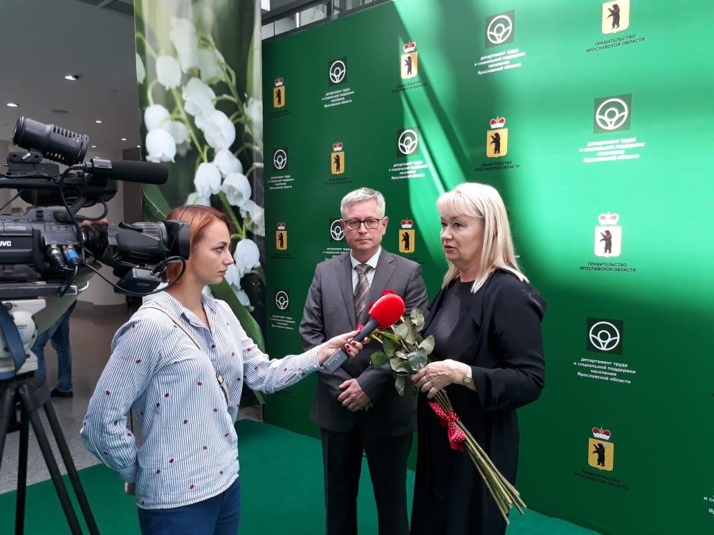 В преддверии профессионального праздника в Ярославле наградили социальных работников
