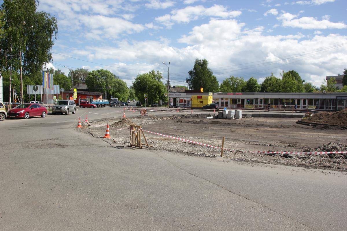 Стало известно, когда завершится ремонт Комсомольской площади в Ярославле
