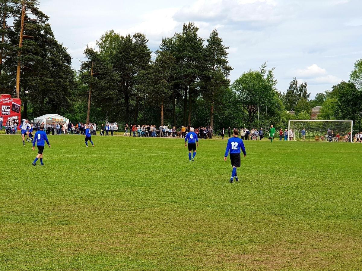 В Ярославской области реконструировали футбольный матч 1914 года: фото