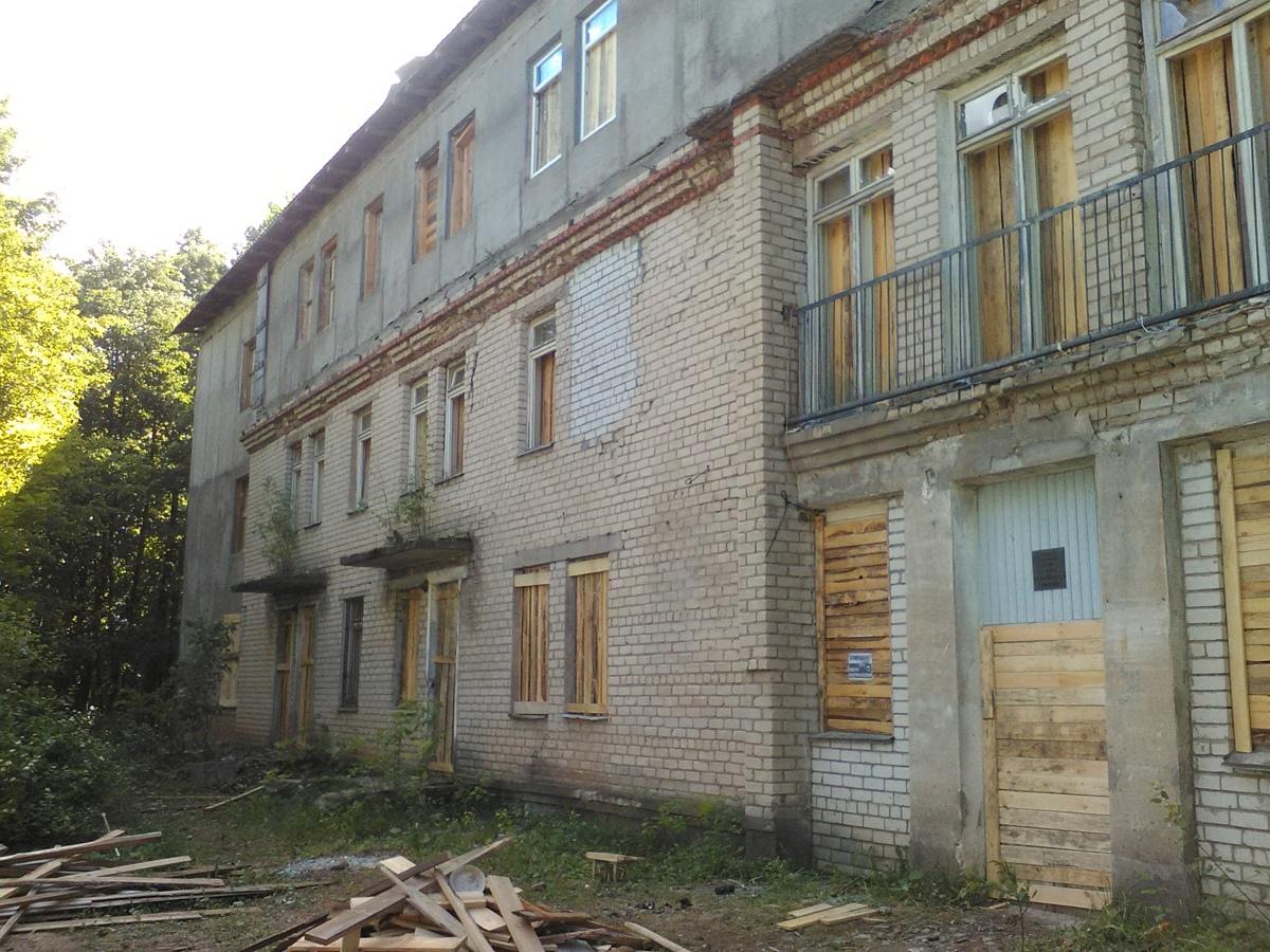 В Ярославской области ограничили доступ к зданию, где погиб ребенок
