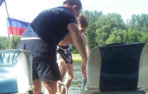 В Ярославле спасатели выловили из Которосли двух тонувших мужчин