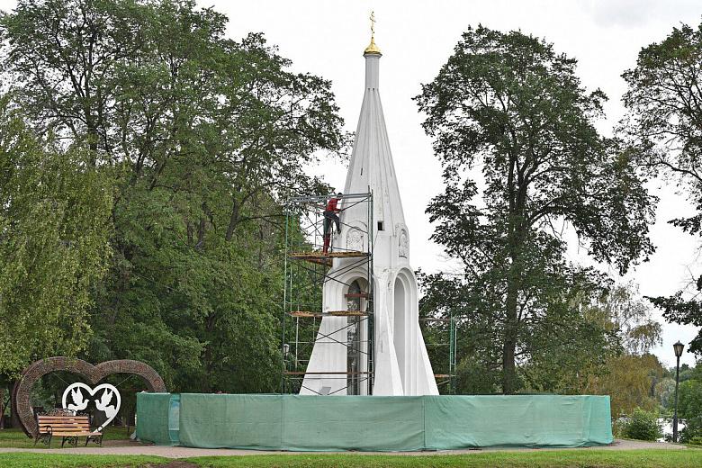 Власти обещают отремонтировать часовню Казанской Богоматери до осени