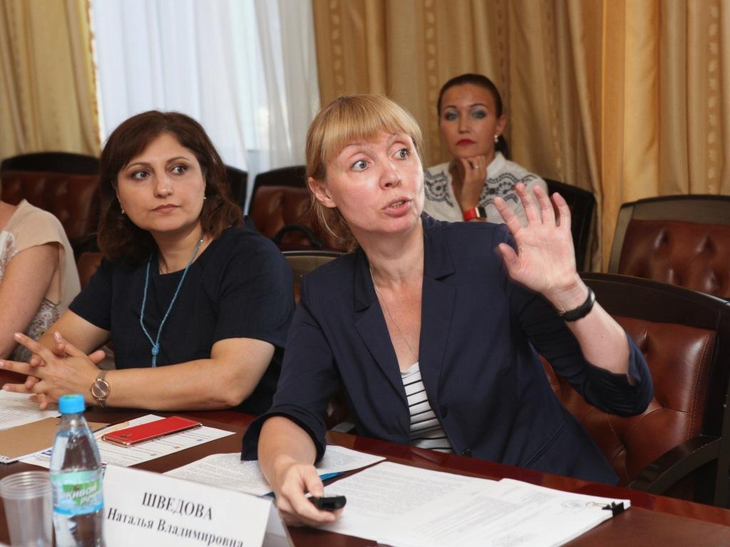 В Ярославской области хотят усилить контроль за качеством питьевой воды и сделать реки региона пригодными для купания