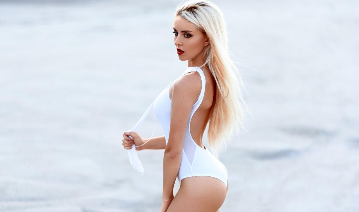 Три ярославны попали в топ-100 в конкурсе «Мисс Максим»: откровенные фото