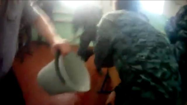 Опубликовано жуткое видео пыток в ярославской колонии: инцидентом заинтересовалиcь следователи