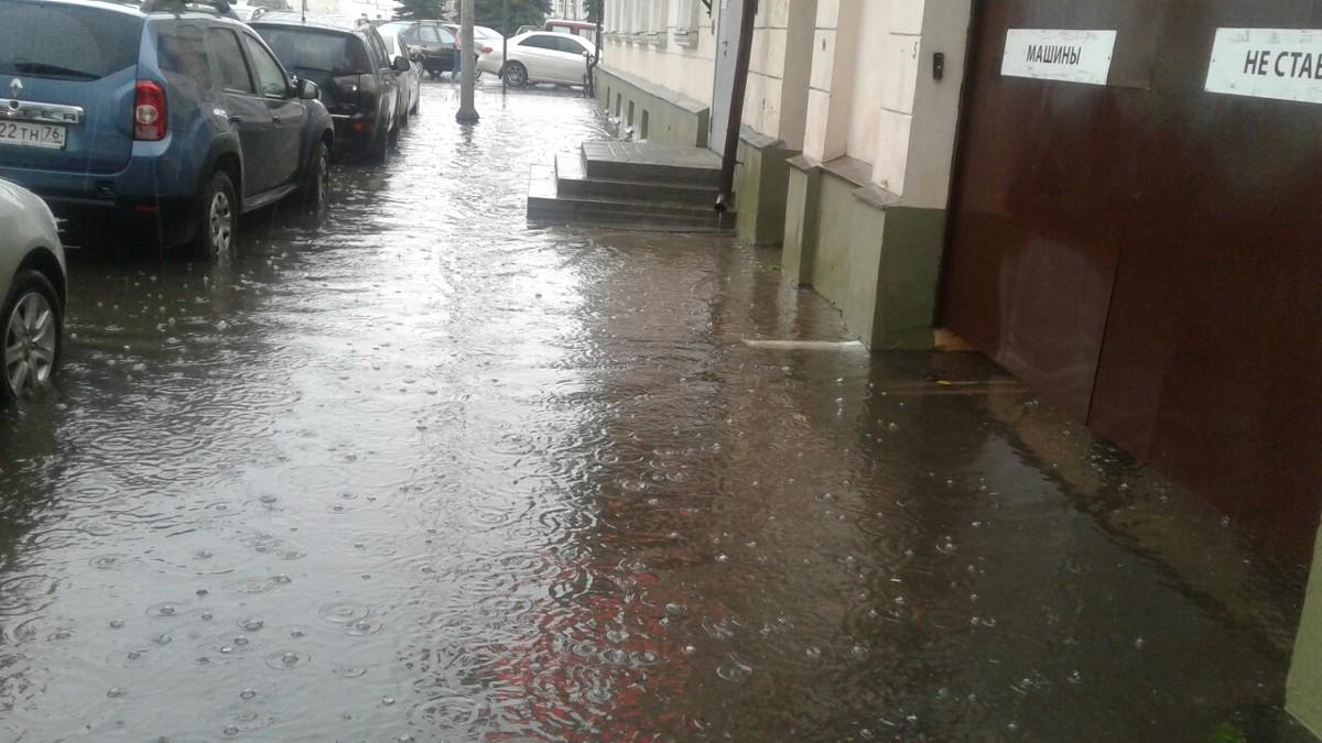 Куда ж нам плыть? Почему ливневая канализация в Ярославле не справляется с тропическими дождями