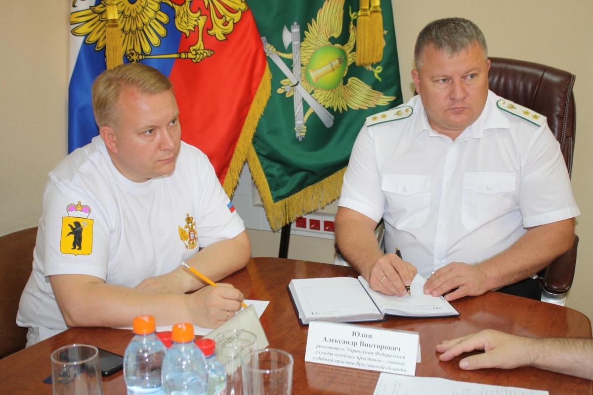 В Ярославле «Отцовский патруль» и приставы выявили алиментщиков, задолжавших детям сотни тысяч