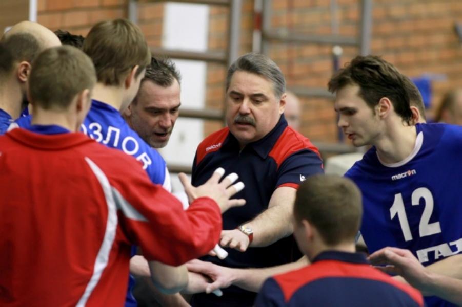 Усы важны. Тренер из Ярославля привел волейбольную сборную к чемпионству, а этого почти не заметили