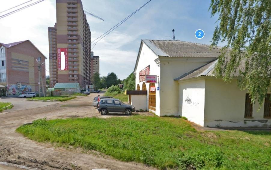 Каждый из 20 этажей многоэтажки в Ярославле измазали фекалиями