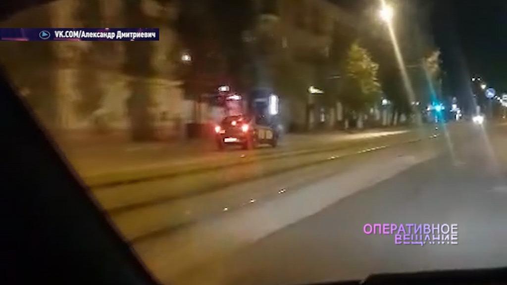 В Ярославле таксист проехался на большой скорости по встречке: видео