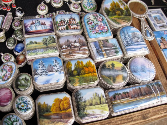 Определены лучшие туристические сувениры Ярославской области