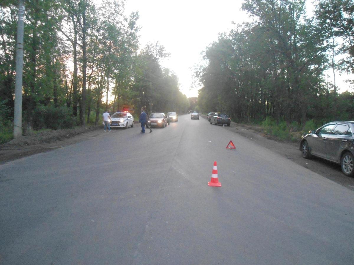 В Ярославле под колеса «Тойоты» попал 25-летний мужчина