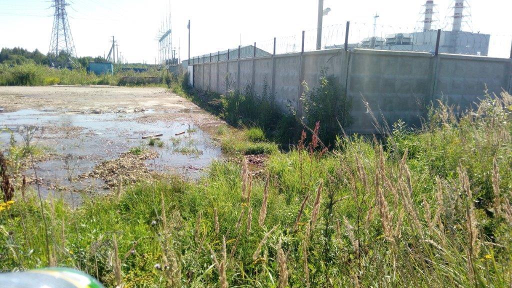 Взяты пробы воды, стекающей с промзоны Хуадянь-Тенинской ТЭЦ на прилегающую территорию