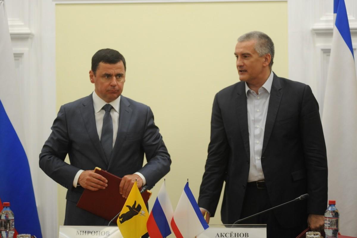 Дмитрий Миронов обсудил с главой Республики Крым Сергеем Аксеновым вопросы развития сотрудничества регионов