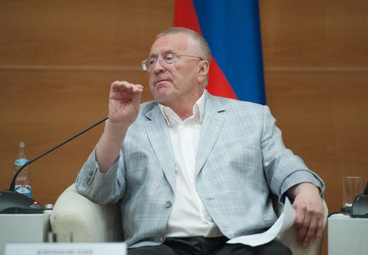 Владимир Жириновский снимается с выборов в Яроблдуму