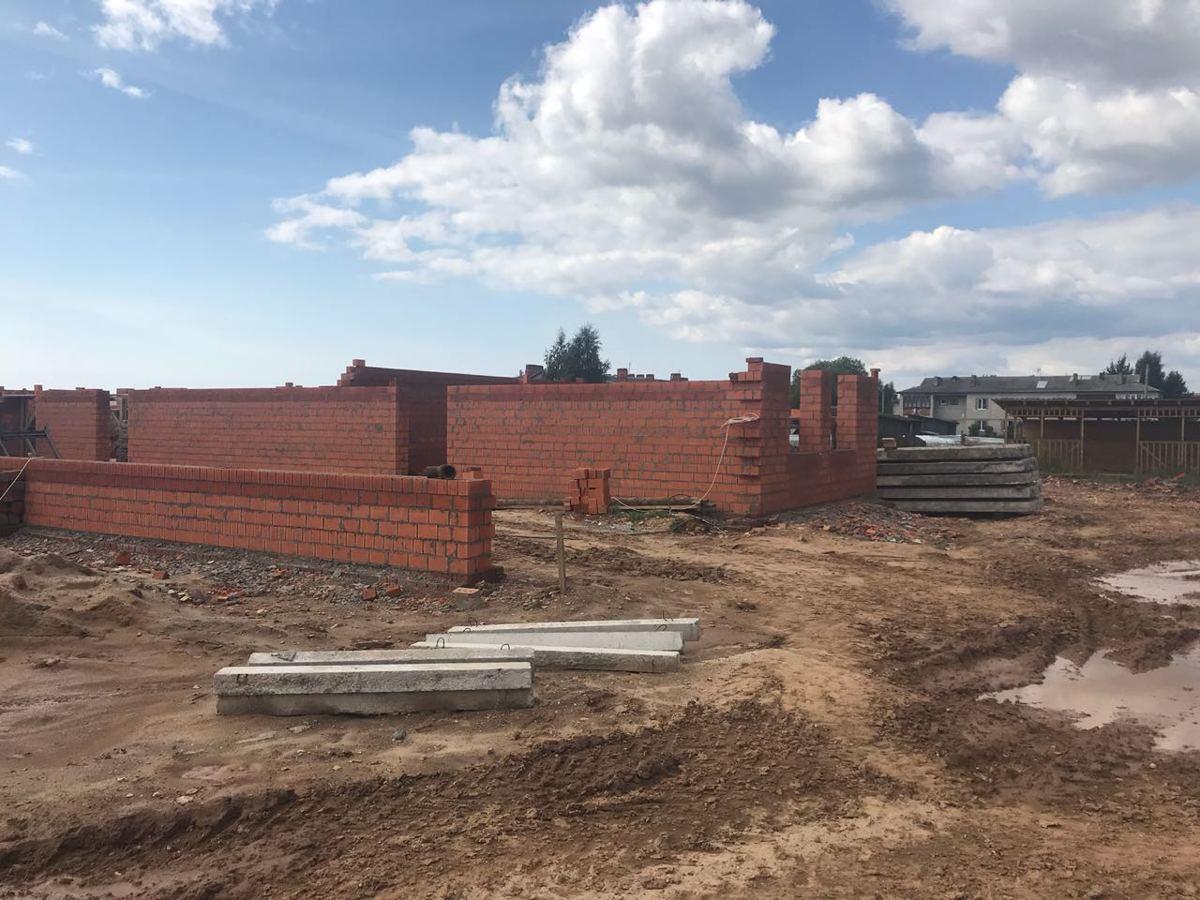 Проблемный детский сад в Ярославской области планируют сдать следующим летом