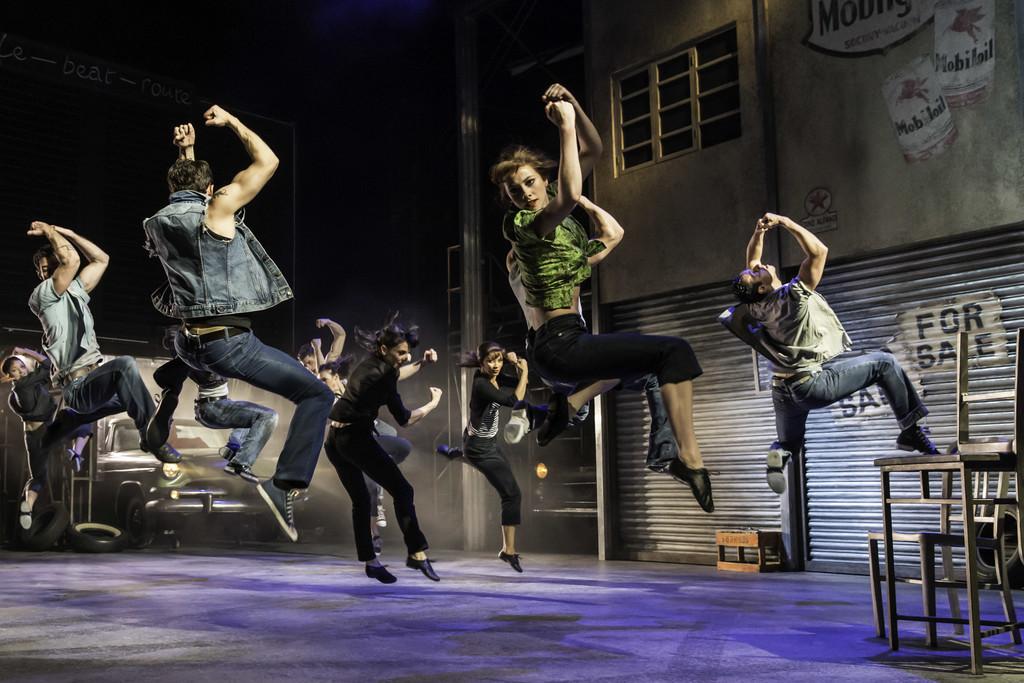 Мэтью Борн: «Кар Мен» балет в кинотеатре «Киномакс/ТРЦ «Аура»