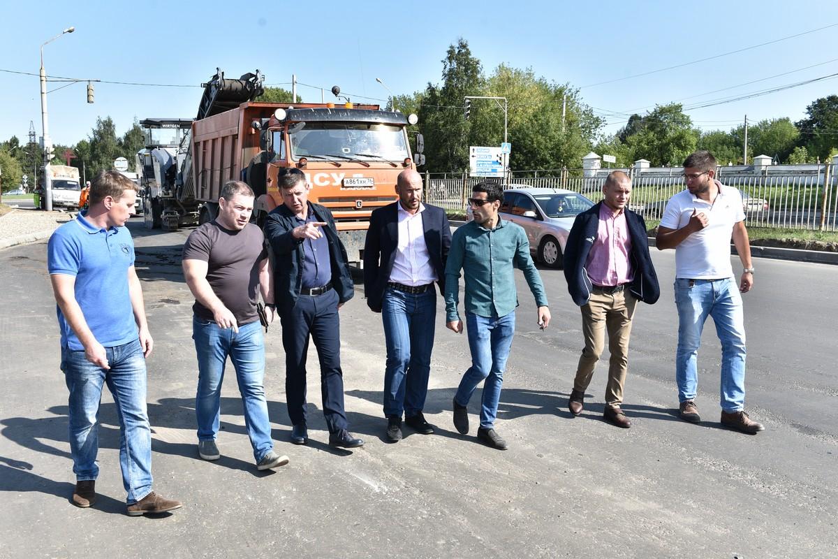 В Ярославле подрядчик устраняет нарушения, допущенные в ходе ремонта проспекта Авиаторов