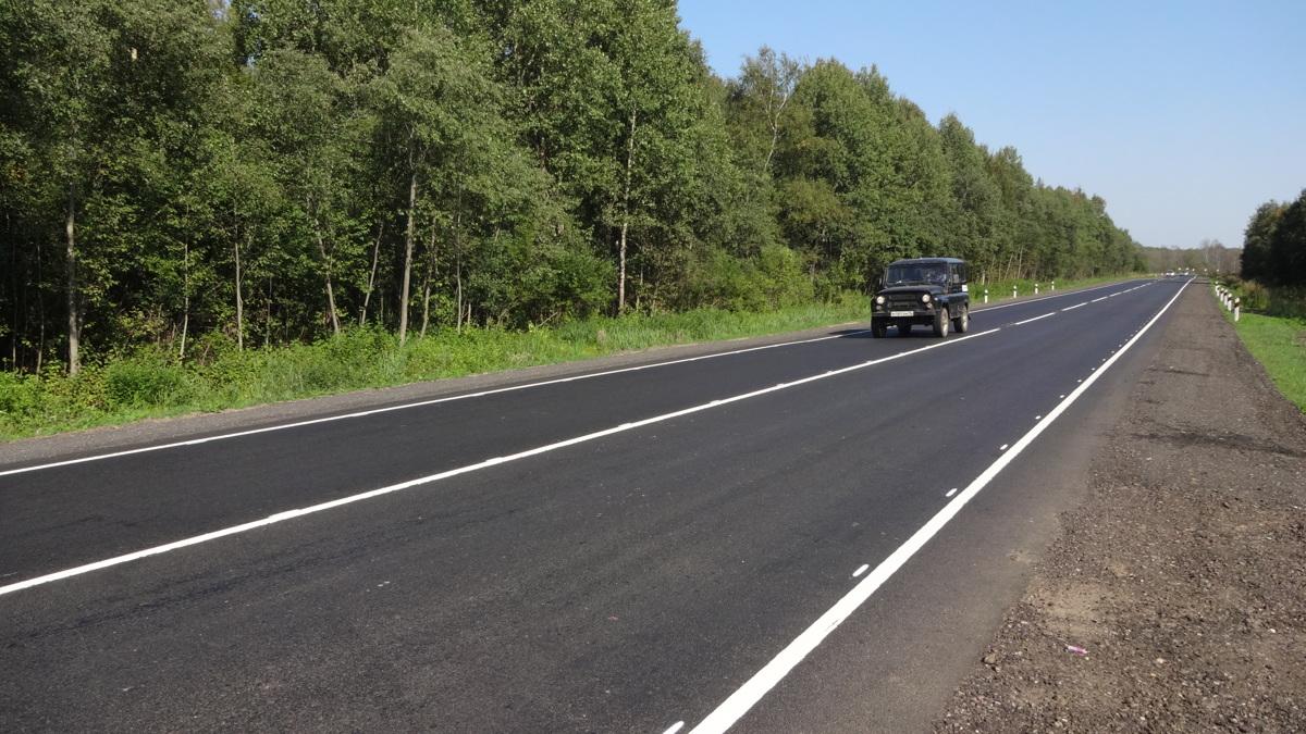 Завершен ремонт участка дороги до Углича в Ярославском районе