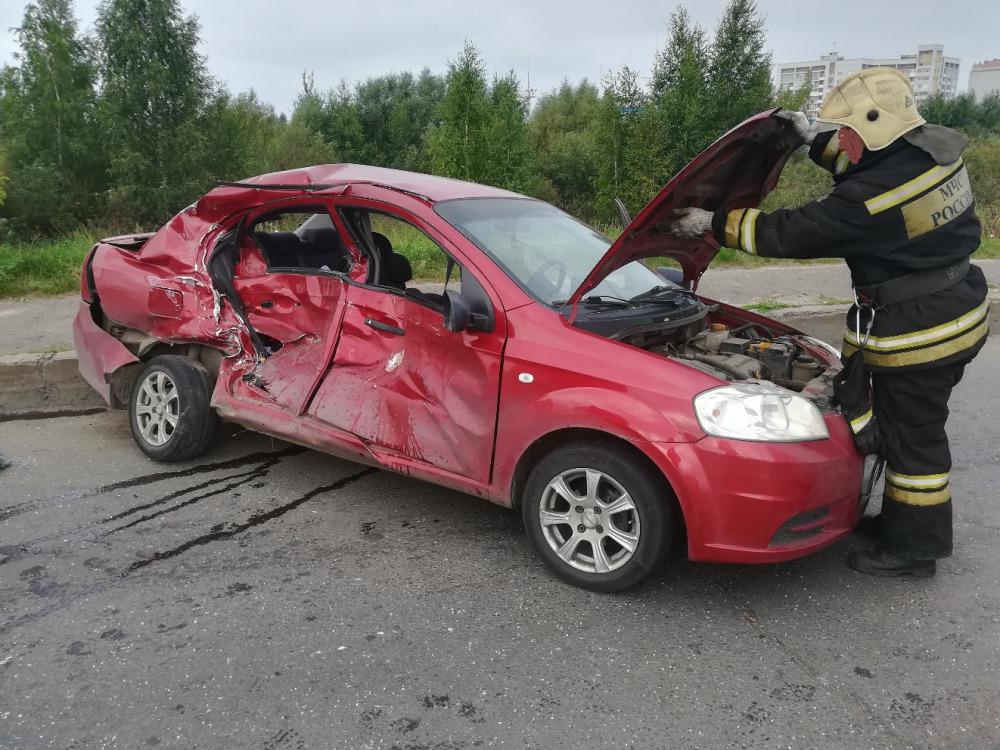 Два человека пострадали в ДТП на окружной дороге Рыбинска