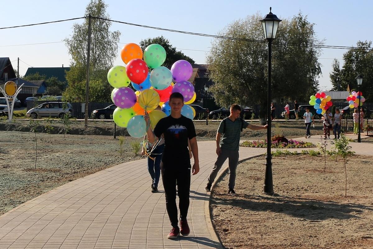 Завершилось благоустройство парка в селе Туношна по программе «Решаем вместе!»: фото