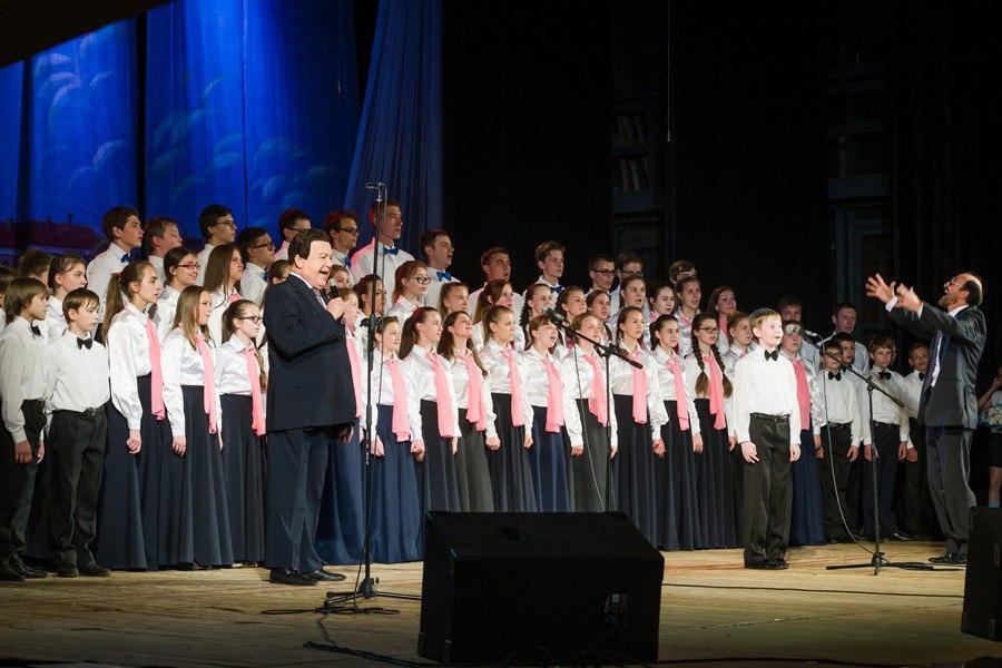 Губернатор Ярославской области выразил соболезнования в связи со смертью Иосифа Кобзона