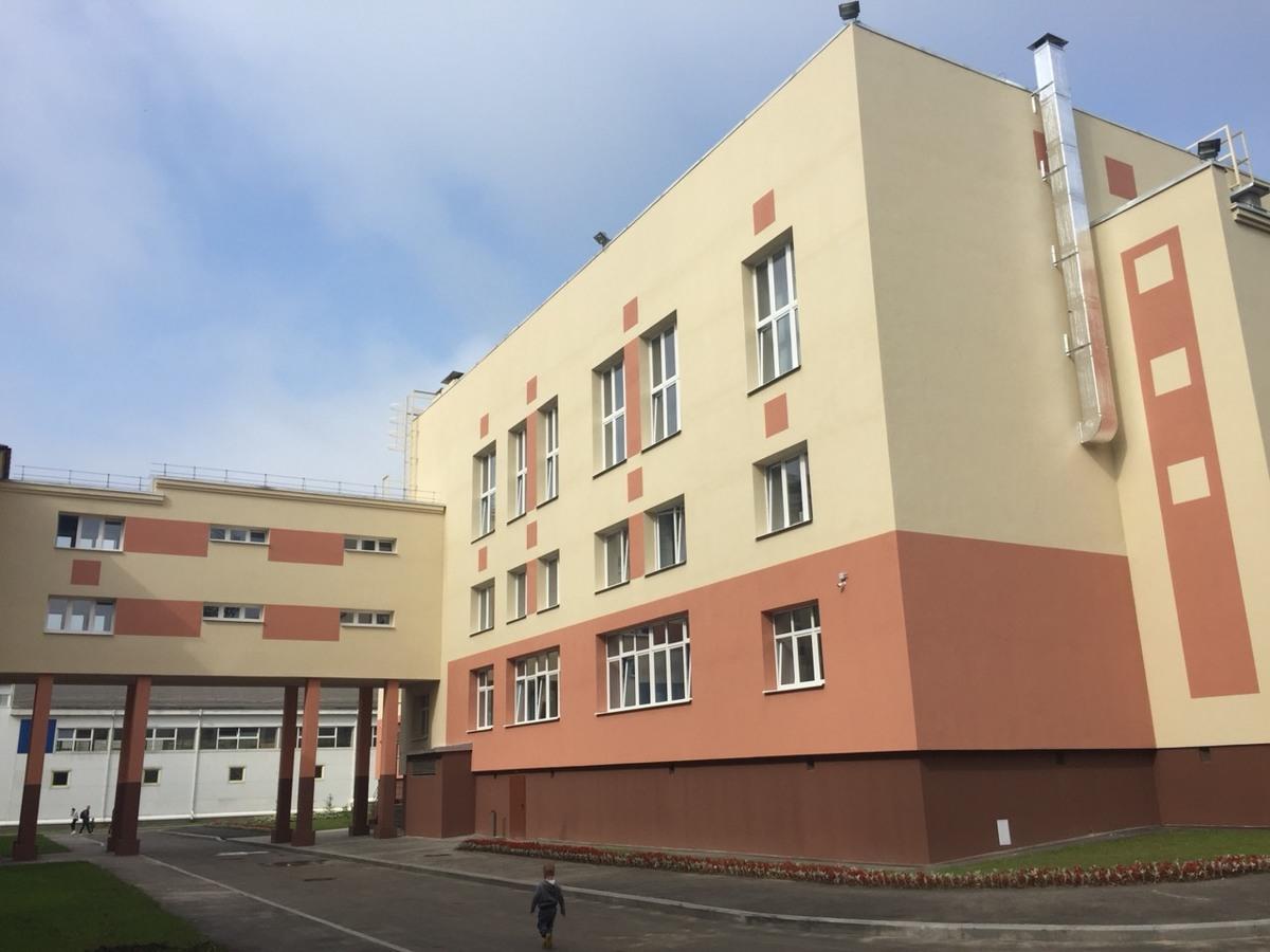 В Ярославле торжественно открыли новый корпус 43 школы