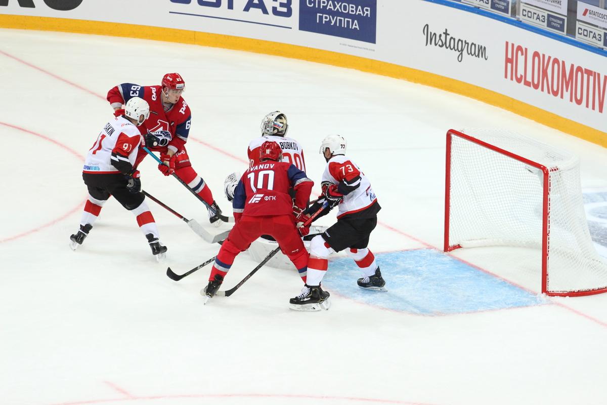 «Локомотив» начал новый сезон с «сухого» поражения