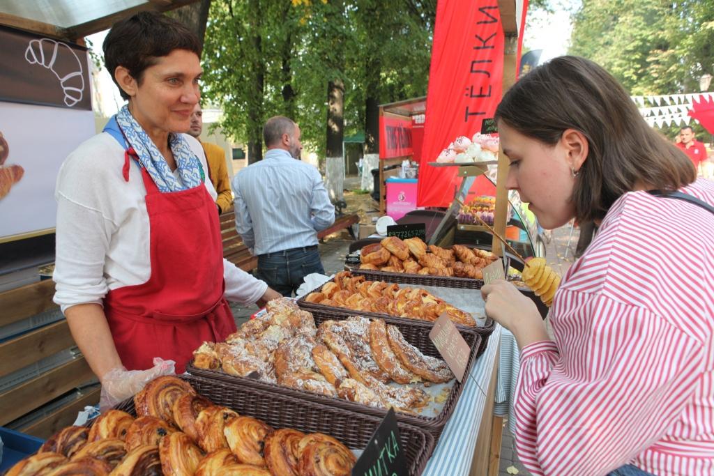 «Первый маркет местной еды» в Ярославле посетили около 18 тысяч человек: фоторепортаж