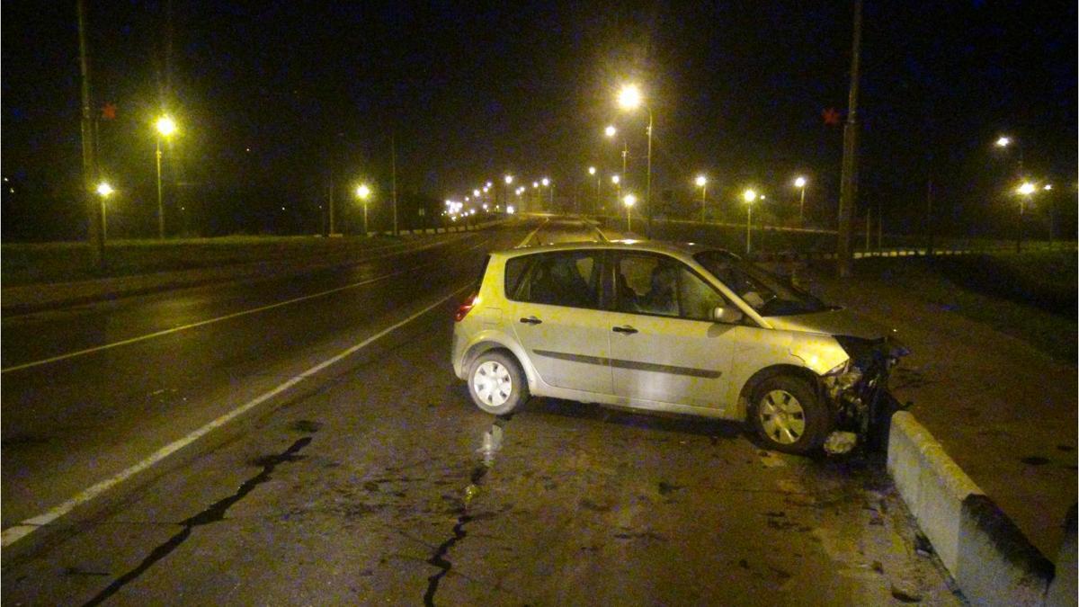 В Рыбинске пьяный водитель иномарки попал в ДТП на мосту