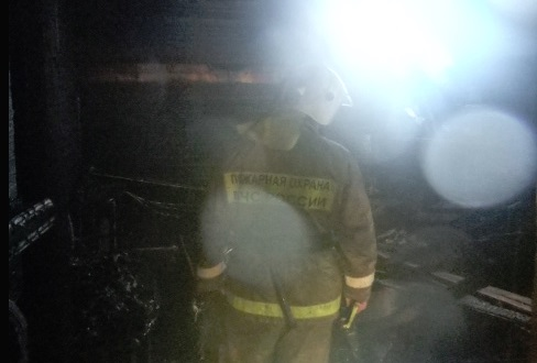 В Заволжском районе Ярославля горели производственные помещения