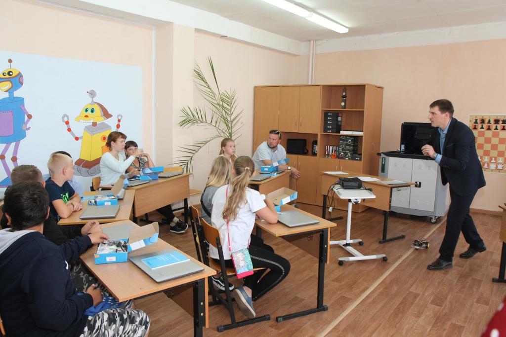 В Ярославской области открыли центр развивающих объединений «Вперед в будущее»