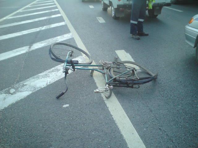В Ярославской области внедорожник насмерть сбил велосипедиста