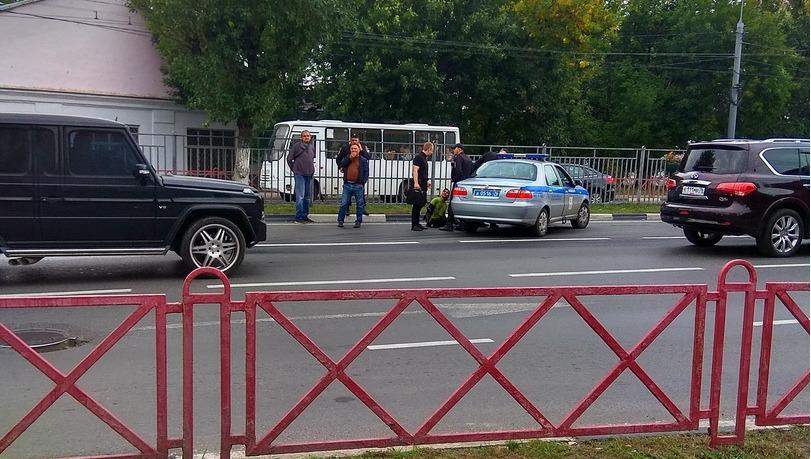 В Ярославле пассажир маршрутки напал на водителя с отверткой