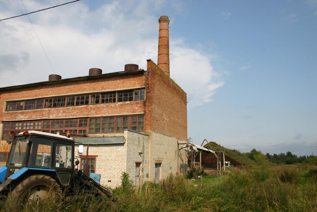 В село Мокеиха начали завозить оборудование для новой угольной котельной