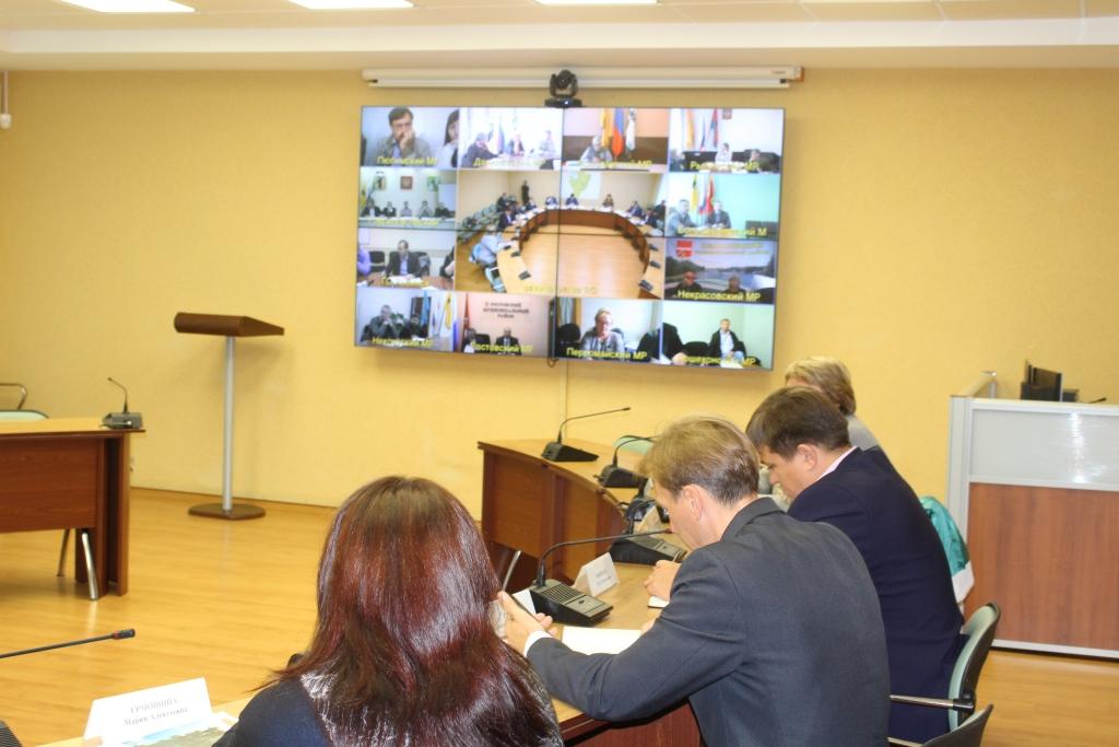 В Рыбинском и Ростовском районах открыты дополнительные офисы единого регионального оператора по обороту ТКО
