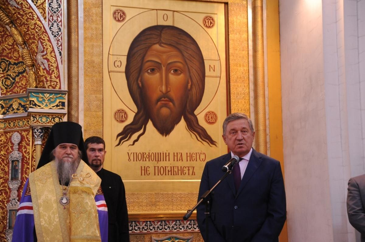 Тысячи верующих встречали мощи святителя Спиридона в Ярославле: фоторепортаж