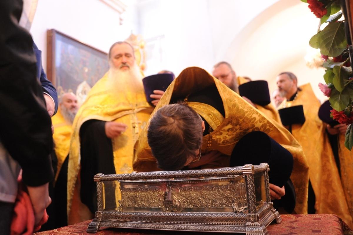 Обнародовано видео прибытия мощей святителя Спиридона Тримифунтского в Ярославль