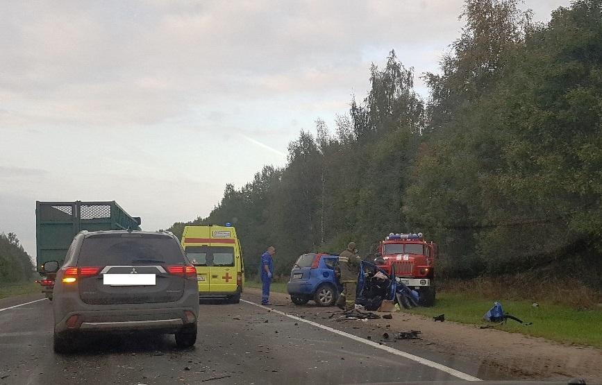 В ДТП с участием четырех машин в Ярославской области погиб мужчина
