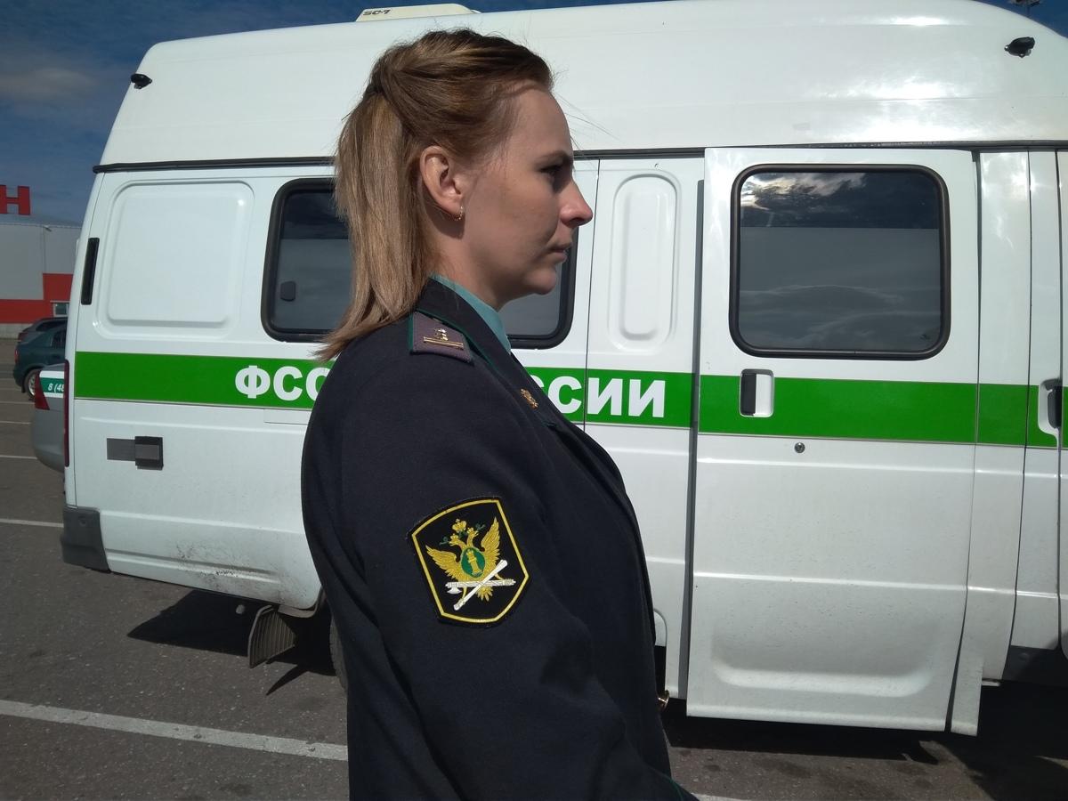 У жительницы Ярославля за долги в 4 миллиона арестовали иномарку