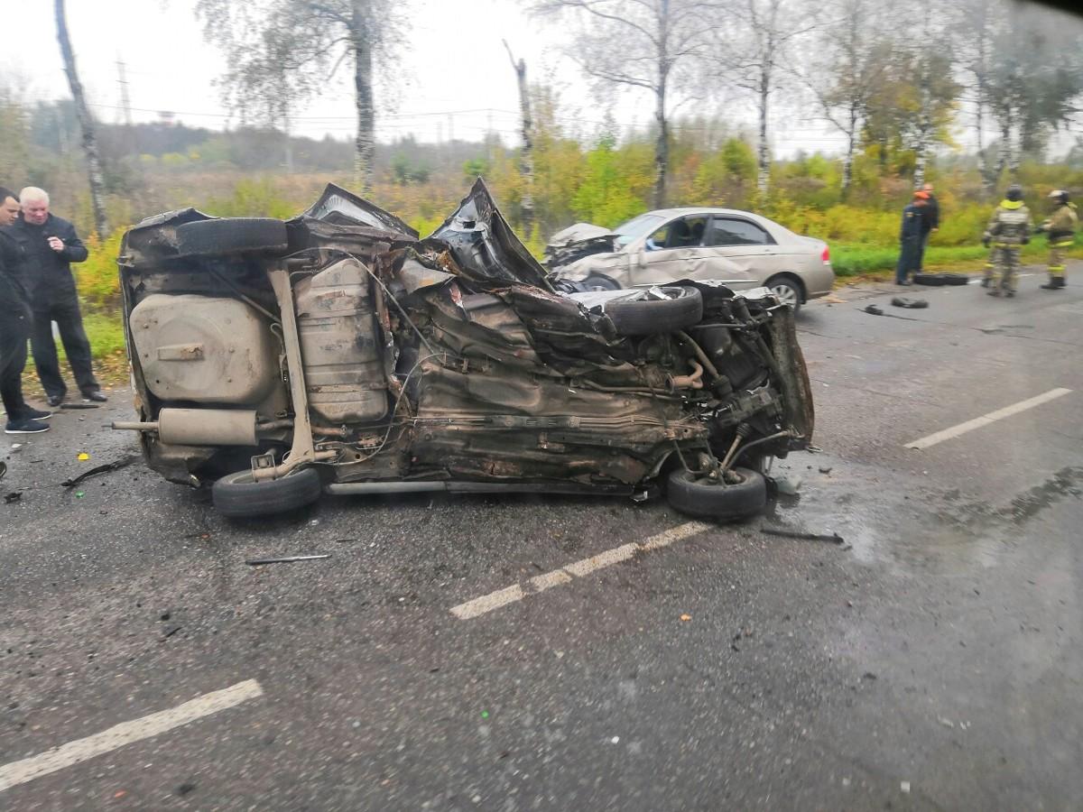 В Рыбинске произошло жуткое ДТП: погиб водитель